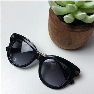Sonix Black Cateye Sunglasses w gold hardware